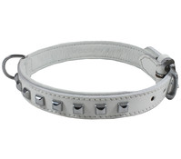 Wouapy Hundehalsband Leder + quadratische Nieten 20 mm/50 cm
