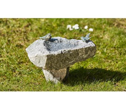 Rottenecker Granit-Vogeltränke mit Sockel und Bronzevögeln
