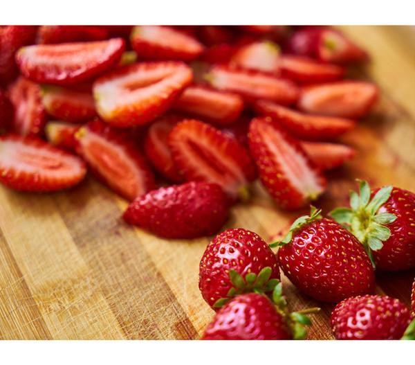 Erdbeere 'HUMMI® Neue Mieze'