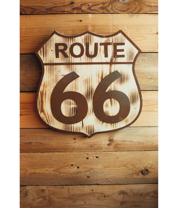 Ferrum Holz-Schild mit Metall-Applikation Route 66, 38 x 40 cm, rost