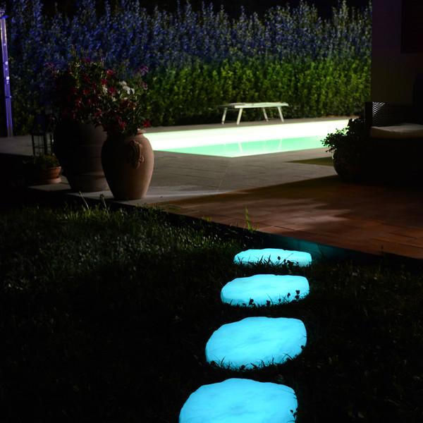 Kunststoff-Trittsteine fluoreszierend, ca. B36/H3/T30 cm, 4er-Set