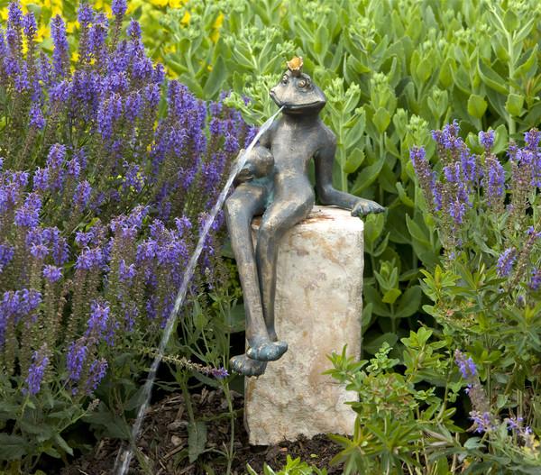 Rottenecker Bronzefigur Froschkönig