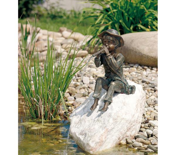 Rottenecker Bronzefigur Junge Toni auf Rosariofindling
