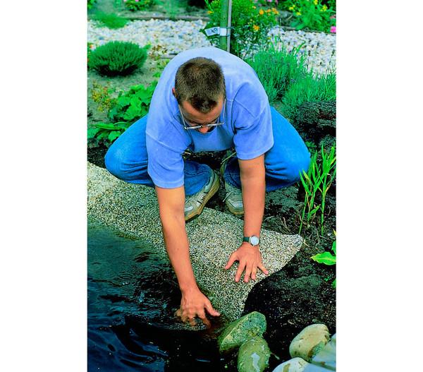 Steinfolie für den Gartenteich
