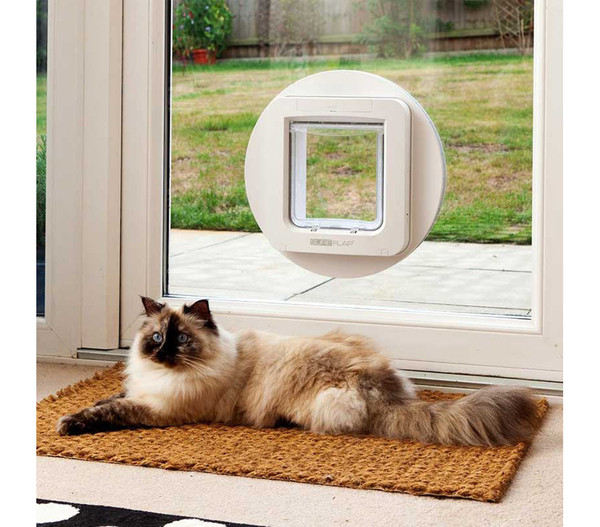 SureFlap Haustierklappe mit Mikrochiperkennung, 26,2 x 28,1 cm